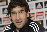 Raul Gonzalez sắp trở lại mái nhà xưa