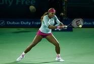 Serena Williams vượt khó ở Dubai