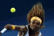 Serena đăng quang, Federer vào chung kết với Hewitt