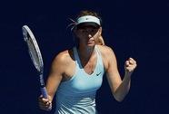 """""""Búp bê Nga"""" Sharapova vất vả vào vòng ba"""