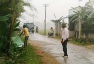 Xe máy tông chết bé trai 5 tuổi chơi bên đường rồi bỏ chạy