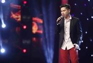 """Hát sai lời ca khúc """"Màu hoa đỏ"""", Hoàng Tôn bị chỉ trích"""