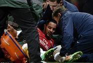 Bác sĩ phẫu thuật Walcott mang tin vui đến Arsenal và tuyển Anh