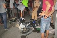 Xe khách kéo lê xe máy 50 m, người đi xe máy tử vong