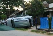 Xế hộp Fortuner tông chết 2 cụ bà hóng mát trước cửa nhà