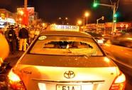 Va chạm, tài xế taxi rượt đánh người trên phố
