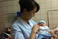 Điều dưỡng người Nhật Bản cứu sống bé sơ sinh