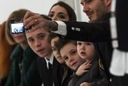 Gia đình David Beckham thu hút mọi ánh nhìn
