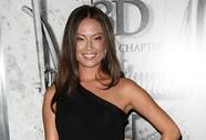 Nữ diễn viên bị kiện vì từ chối khỏa thân