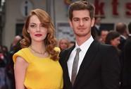 Emma Stone tình tứ với bạn trai trên thảm đỏ