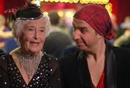 Tranh cãi quanh cụ bà 79 tuổi nhảy Salsa điêu luyện