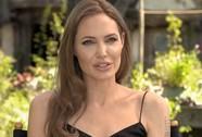 """Angelina Jolie: """"Tôi sẽ làm các bạn ngạc nhiên!"""""""