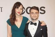 """Sao phim """"Harry Potter"""" lần đầu khoe bạn gái"""