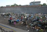Bô rác sát khu dân cư
