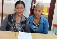 Một phụ nữ nghèo mang bệnh nặng