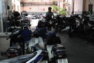 Lộn xộn bãi giữ xe chung cư
