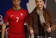 Ronaldo: Triệu phú số một của giới bóng đá
