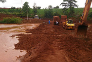 Sự cố tại Bô-xít Tân Rai: Chỉ là nước màu đỏ, không phải bùn đỏ