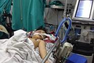 Bé 8 tuổi bị bố đánh dã man bằng điếu cày đã tử vong
