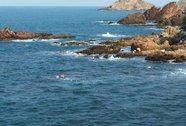 Một gia đình có 3 người đàn ông lần lượt bị chết đuối trên biển