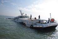 Bình Thuận: Chìm tàu khách lúc rạng sáng