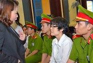 Xét xử siêu lừa Huyền Như: Đại diện VietinBank nói bừa