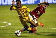M.U - Liverpool: Không khoan nhượng!