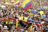 Tuyển Colombia được chào đón như nhà vô địch