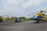 Hai chiếc máy bay từ Cà Mau cất cánh tham gia cứu hộ