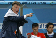 HLV Van Gaal: Tôi đang bị xem là ác quỷ ở M.U