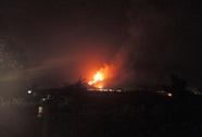 1 người bất cẩn, hơn 1.000 người phải chữa cháy suốt ngày đêm