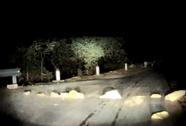 """Đặt đá tảng làm """"bẫy"""" trên quốc lộ từ Lào Cai đi Sa Pa"""