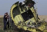 Thủ tướng Malaysia càng nghi tên lửa bắn hạ MH17 sau bản báo cáo