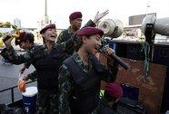 """Bài hát của tướng Prayuth gây """"sốt"""" trên mạng"""