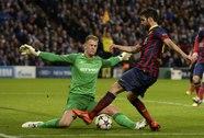 Fabregas khiến Mourinho câm lặng!