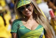 Những CĐV nóng bỏng ở World Cup 2014 đã xuất hiện