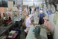 Hỗ trợ người lao động phải ngừng việc tại các DN bị thiệt hại