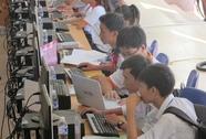 Trao 375 suất học bổng cho sinh viên