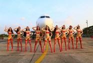 Hàng không Việt, bikini và cơn bão lạ