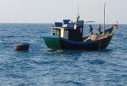 Tàu cá hỏng, 11 ngư dân trôi tự do một tuần trên biển