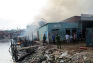Cháy 5 nhà, 1 người bị bỏng