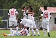 Quốc vương Brunei tặng quà U19 Việt Nam