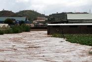 Một người bị nước cuốn mất tích trong trận mưa lịch sử dưới chân núi Lang Biang