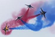 """Không quân châu Á """"khoe hàng"""" trên bầu trời"""