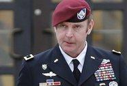 Thiếu tướng Mỹ ngoại tình với 3 nữ quân nhân