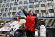 Đông Ukraine phớt lờ tối hậu thư