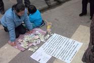 Trung Quốc: Bán cháu để cứu con sắp chết