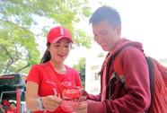 Trao Coca-Cola in tên bạn bè: Trào lưu mới của teen trong mùa hè