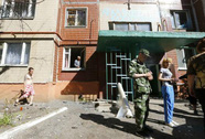 Binh lính Ukraine tuần hành đòi chấm dứt lệnh ngừng bắn