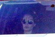 Angelina Jolie mua xe tải vì các con